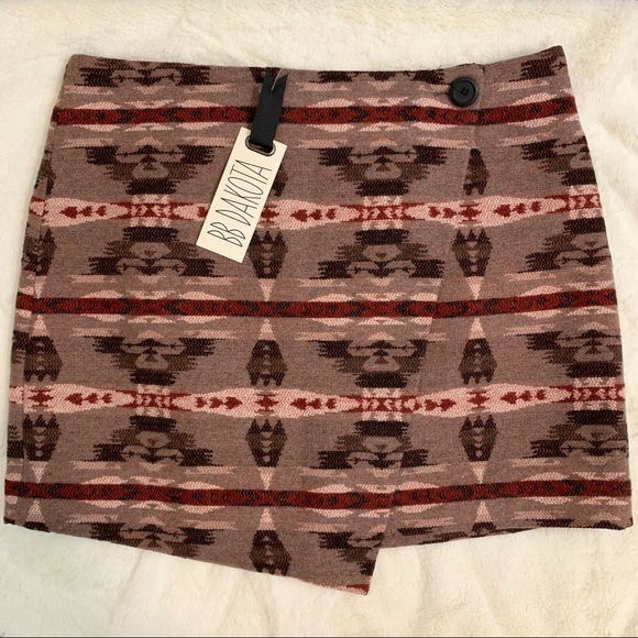 BB Dakota Dresses & Skirts - NWT BB Dakota Camryn Wrap Skirt
